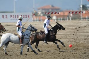 U s polo assn sponsor del prestigioso polo gold cup circuit 2012 spot and web - Bagno costanza forte dei marmi ...