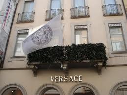 Versace brand più citato sui media