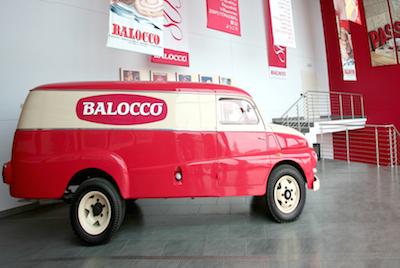 lo storico furgone balocco al salone dell 39 auto d 39 epoca. Black Bedroom Furniture Sets. Home Design Ideas