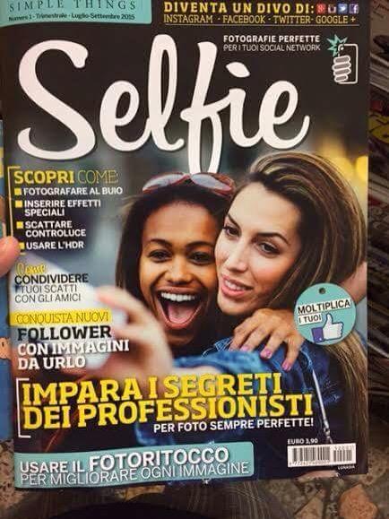 Risultati immagini per selfie rivista