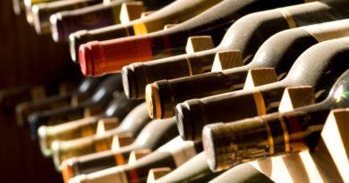 Vino: le bottiglie si scelgono se c'è… lo stemma