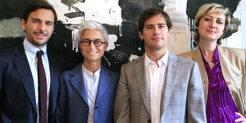 da sinistra avv. Marco Lucchini, avv. Elena Carpani e avv. Gianluca Fucci (tutti partner dello studio Crea) e Lara Ampollini, Founder Lampi. Comunicazione illuminata.