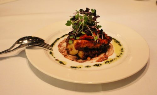 Il polpo grigliato e caramellato del ristorante Carnevino. Foto Grigore Scutari