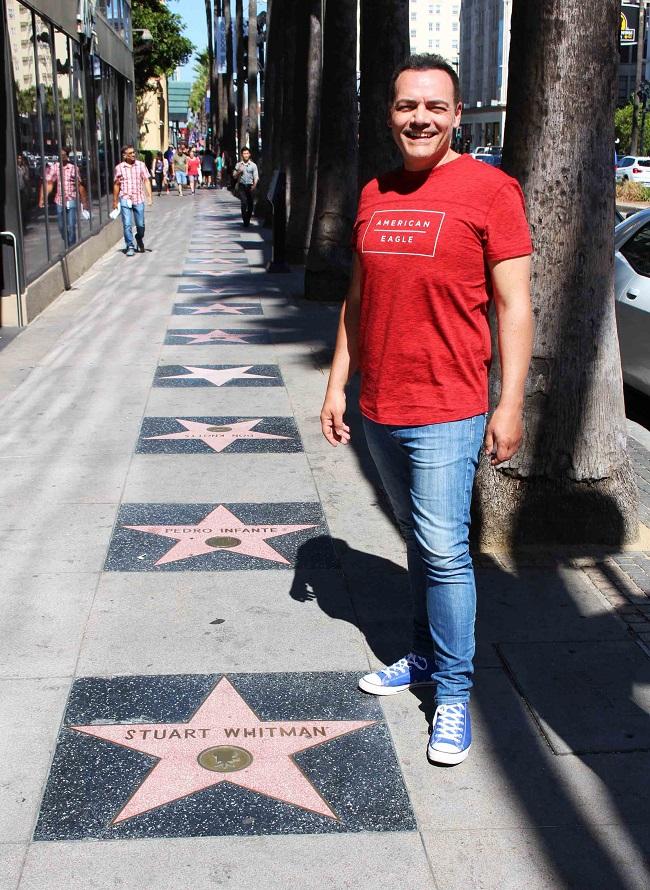 La Walk of fame, a Hollywood boulevard, dove oltre 2.400 personaggi del mondo dello spettacolo sono immortalati sui marciapiedi con simboliche stelle. Foto Grigore Scutari