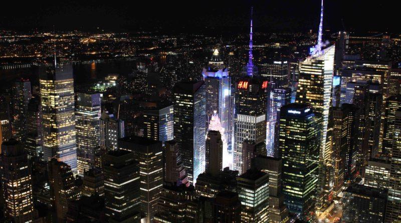 Veduta notturna dall'Empire State Building