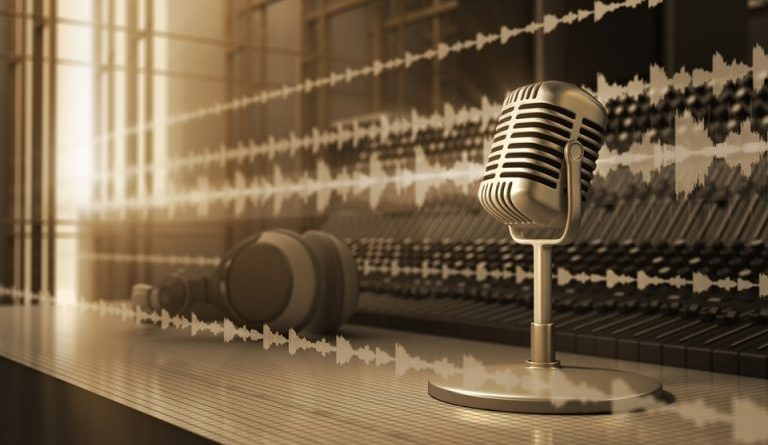 microfono-radio-ok-768x448