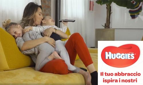 Su Fattoremamma la sua campagna digital Huggies