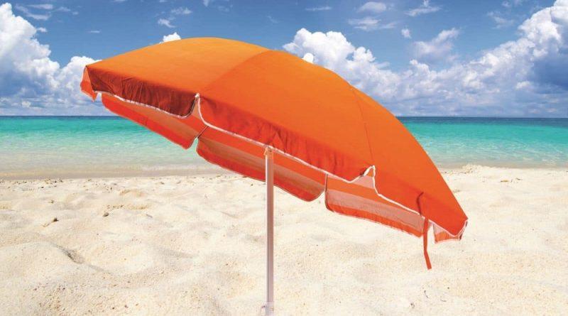 ADJ-1000x600-Ombrellone-sulla-Spiaggia