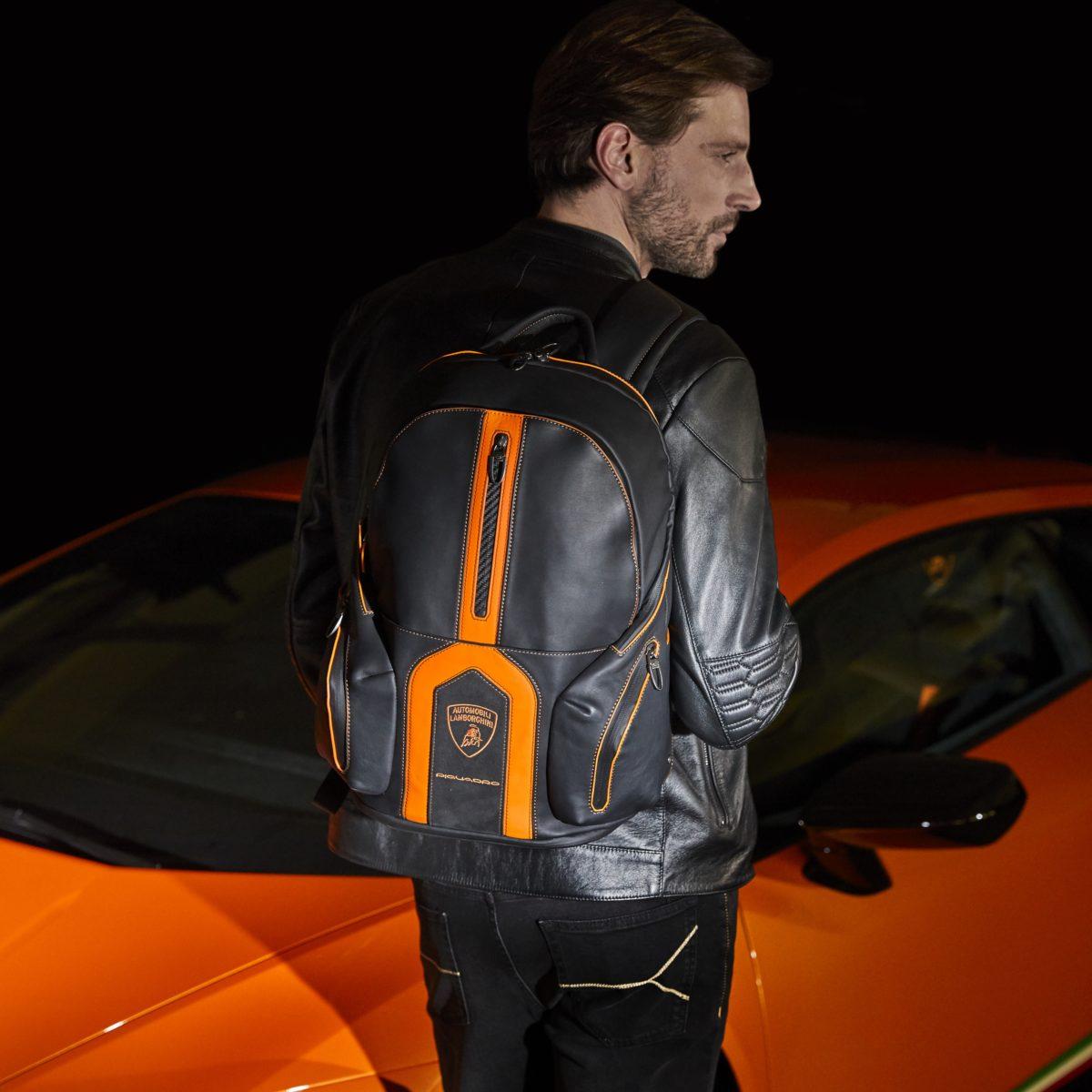 0cf30a6221 Lo zaino Piquadro Bagmotic special edition Automobili Lamborghini - Spot  and Web