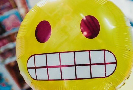 emoji_sottosopra_comunicazione