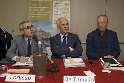 Da sin.: Raffaele Lorusso, FNSI, Giuseppe De Tomaso, La Gazzetta del Mezzogiorno, Peter Gomez, ilfattoquotidiano.it